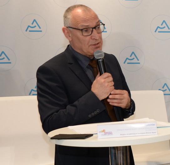 3 questions à Yves Flammier, délégué régional académique à l'information et à l'orientation